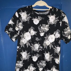 PacSun Gothic Floral Tee